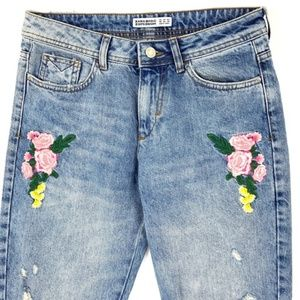 Zara Ripped Jeans with Embroidered Flowers, US6